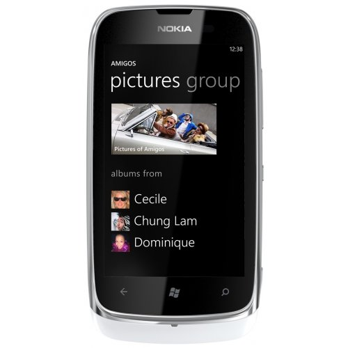 Смартфон Nokia Lumia 610 White