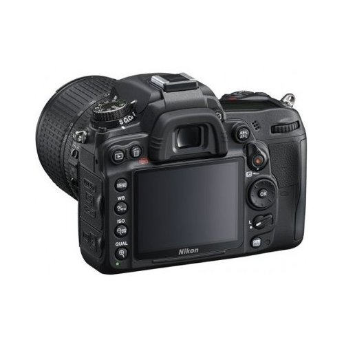 Фото Цифровые фотоаппараты Nikon D7000 18-200 VR II Kit