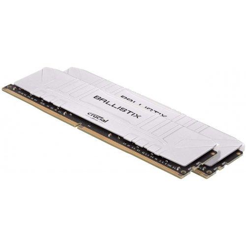 Фото ОЗУ Crucial DDR4 16GB (2x8GB) 3000Mhz Ballistix White (BL2K8G30C15U4W)