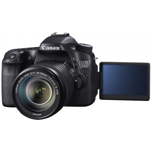 Фото Цифровые фотоаппараты Canon EOS 70D 18-135 IS STM Kit