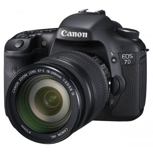 Фото Цифровые фотоаппараты Canon EOS 7D 18-200 IS Kit
