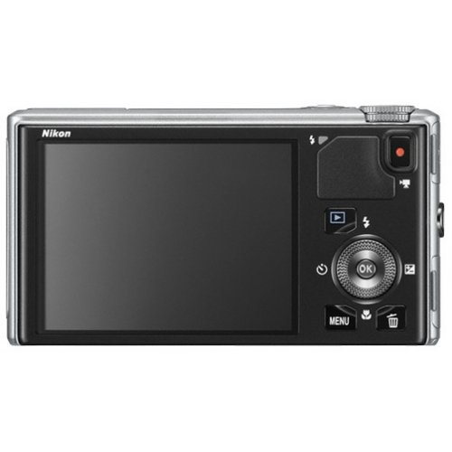 Фото Цифровые фотоаппараты Nikon Coolpix S9400 Silver