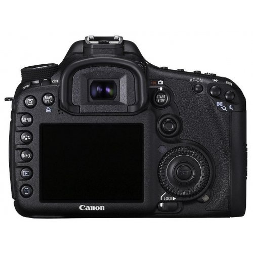 Фото Цифровые фотоаппараты Canon EOS 7D 18-135 IS Kit