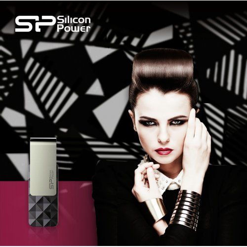 Фото Накопитель Silicon Power Blaze B30 USB 3.0 32GB Black (SP032GBUF3B30V1K)
