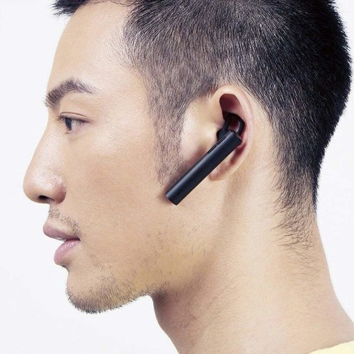 Фото Bluetooth-гарнитура Xiaomi Mi Bluetooth Headset Black