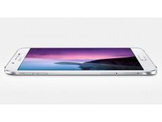 Фото Galaxy A8 – самый тонкий смартфон от компании Samsung