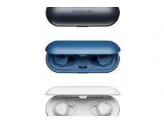 Фото Samsung представила миниатюрные Bluetooth-наушники Gear IconX с функцией отслеживания физической активности и 4 Гб флэш-памяти