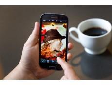 Фото Photoshop Touch теперь и для смартфонов